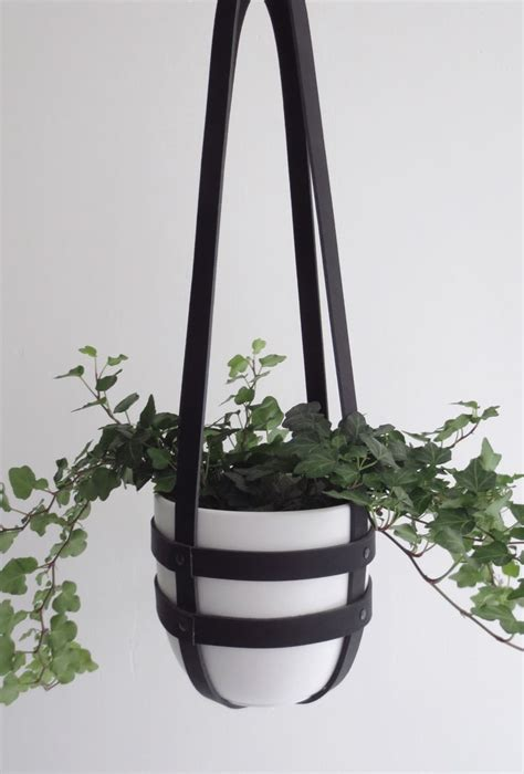 Planter Hangers by 231 Best Images About Ig Hanging Plants On