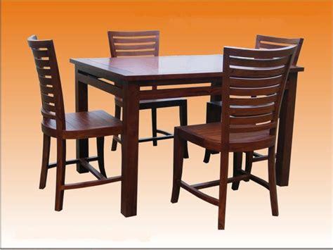 Meja Makan 4 Kerusi gedung perabut jati