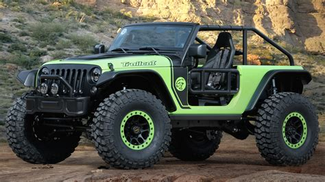 jeep just put a 707 horsepower hellcat v8 engine in a