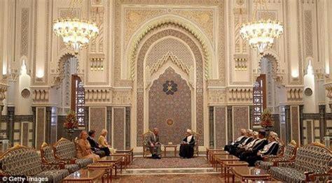 nama keraton istana raja di indonesia negeri pesona mengintip megahnya 5 istana milik raja arab saudi bisnis