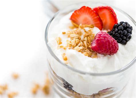 gambar cara membuat yoghurt manfaat yoghurt yunani untuk kesehatan apa saja go dok