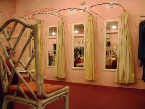 Dressing Room Curtains Designs 25 Best Ideas About Retail Boutique On Boutique Stores Boutique Store Design And