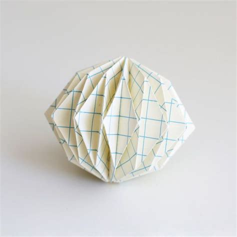 Paper Sphere Origami - 16 best images about paper on animals origami