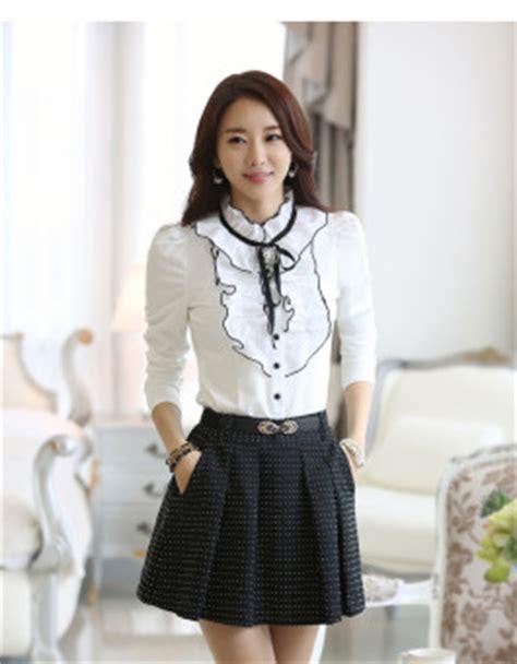 Top Kemeja Putih Fashion Casual Wanita Bagus Murah kemeja wanita korea putih cantik jual model terbaru murah