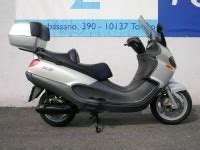 piaggio x9 250 scooter reviews scooters review centre