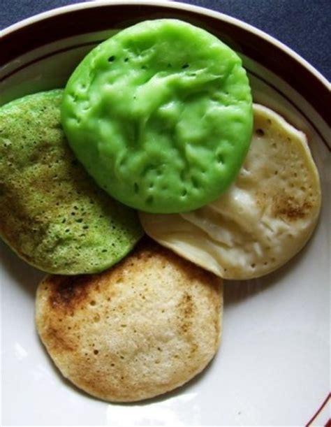 membuat kue serabi kuih serabi indonesian mini pancakes batter dough