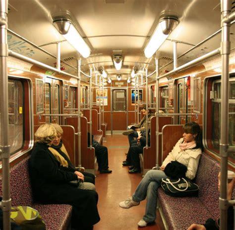 Wohnzimmer Kandidat by 89 Wohnzimmer Berlin Ubahn Pferde Slips Spitznamen