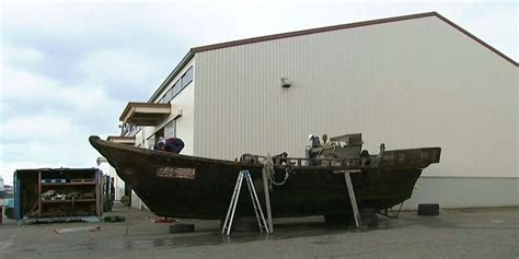 north korean fishing boat japan north korean boats full of corpses keep showing up in