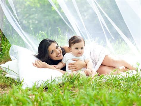 post pregnancy mood swings 5 natural colours to use post pregnancy boldsky com
