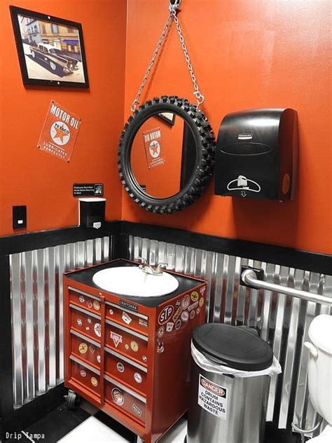Motorcycle Bathroom Accessories Best 25 Cave Bathroom Ideas On Cave Upcycle Cave Toilet Paper Holder
