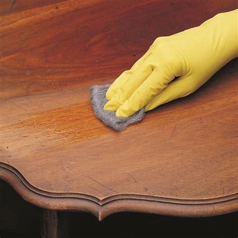 come lucidare i mobili di legno lucidare il legno restauro consigli per la lucidatura