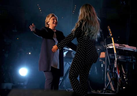 beyonce swing beyonce knowles photos photos hillary clinton caigns