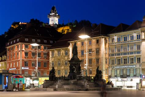 hauptplatz main square  town hall graz tourism