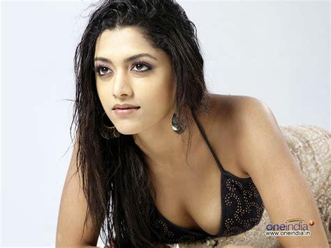 actress mamta mohandas hot images south indian film actress mamta mohandas hot