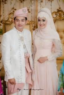 muslim wedding wedding gowns and grooms on