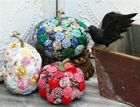 yo yo craft projects fabric yo yo pumpkins favecrafts