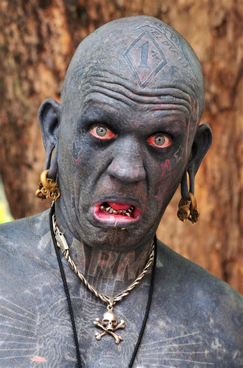most tattooed man in the world lucky rich b 1971 is a new zealand born