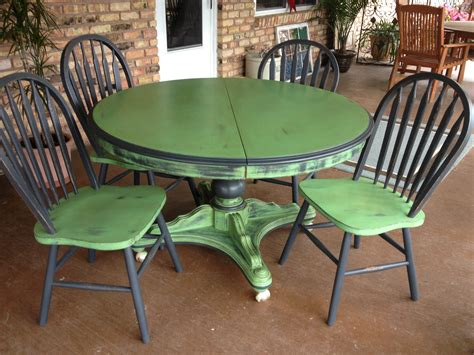 Painted Kitchen Table And Chairs Image