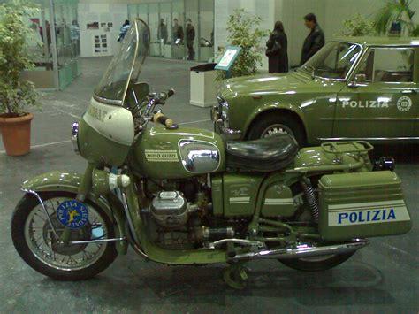 carabinieri porta genova file moto guzzi v7 700 polizia jpg