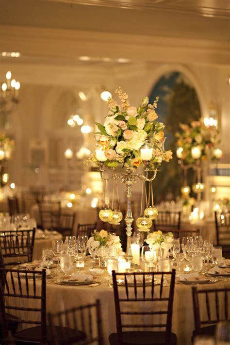 velas y candelabros decora e ilumina la boda con velas el de una novia