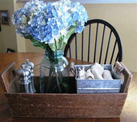 centerpiece ideas for kitchen table 25 best ideas about dining table centerpieces on