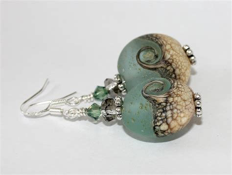 Handmade Bead Earrings - beautiful wave handmade bead earrings felt