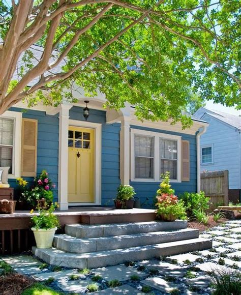 17 best ideas about blue house exteriors on blue house exterior colors blue houses