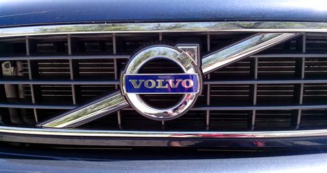 volvo logo volvo logo volvo car symbol meaning and history car