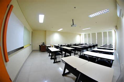 Ac Ruang ruang kelas pendaftaran mahasiswa baru universitas mercu