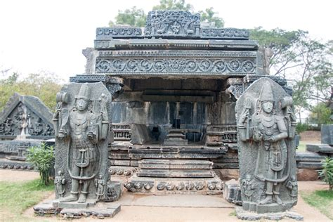 Distance Mba Colleges In Warangal by D Source Warangal Fort Warangal Fort And Temple