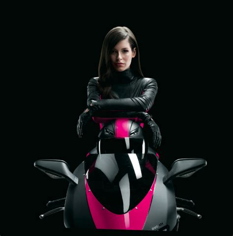 Hot girl in t mobile commercial