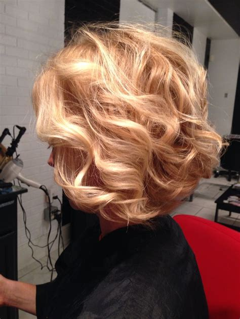 wavy aline haircut too cute hairstyles pinterest 582 best wavy curly bob haircuts images on pinterest