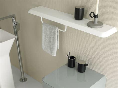 montaggio accessori bagno fluent mensola bagno by inbani design arik levy