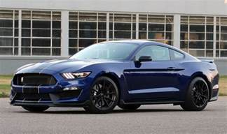 Ford Shelby Mustang Gt350 2018 Shelby Mustang Gt350 Will Roll On For One More Year