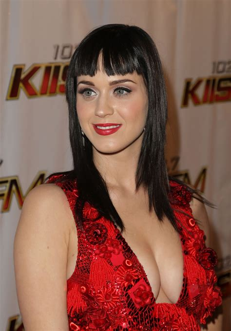 katy perry biography com katy perry biography pictures and biography