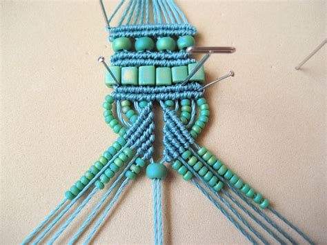 Macrame Directions - how to macrame crafts