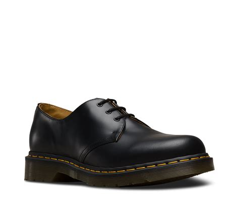 dr martens shoes 1461 smooth 1461 3 eye shoes official dr martens store