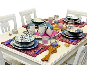 how to dress a table is there a need to dress a dining table boldsky com