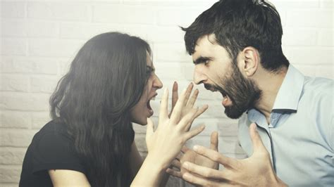 7 Issues Couples Fight About by Problems All Couples But Don T Talk About