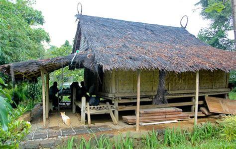Rumah Adat Suku Sunda