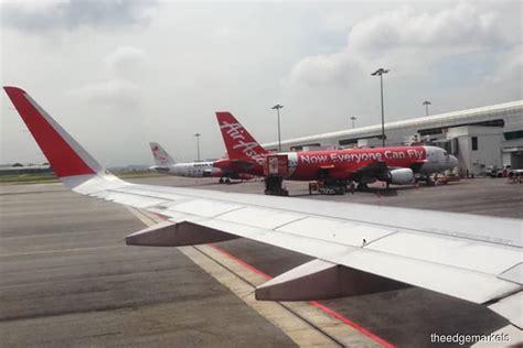 airasia refund status australia airasia to refund passenger movement charge for