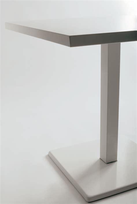 table jardin emu table de jardin 80 x 80 cm blanc emu