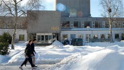 Nhh School Of Economics Mba by Masters Degree Opens Door To Global Business