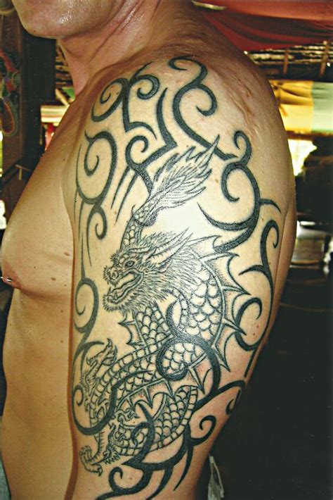 star needle tattoo koh samui shoulder dragon big magic tattoo koh phangan thailand