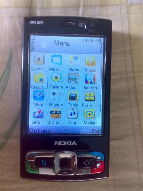 Lcd Nokia N 95 2gb nokia n95 8gb with features look inside clickbd