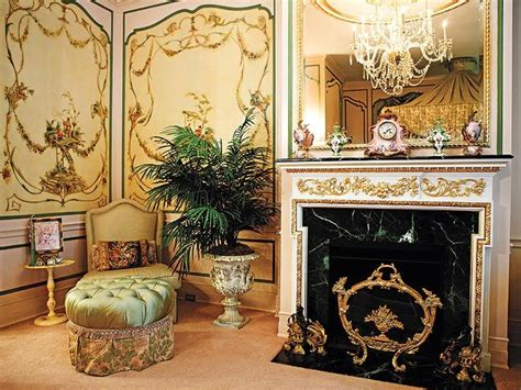 trumps bedroom inside ivana trump s over the top townhouse donald