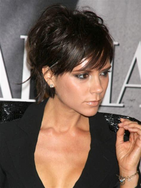 short pushed behind ear celebrity hair styles photos victoria beckham kurzhaarfrisuren bob auf die frisuren