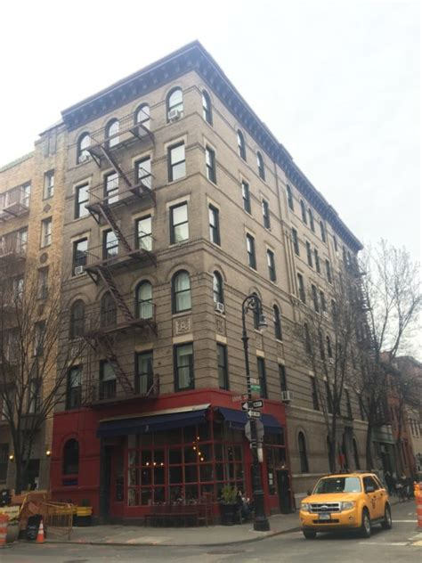 friends apartment visiting that quot friends quot apartment building in new york city