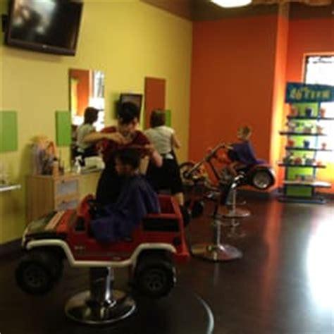 beaners haircuts south edmonton beaners fun cuts for kids barbers 11 bellerose drive