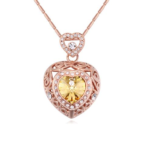 old pattern gold necklace 8 colors antique pattern heart pendant necklace crystal